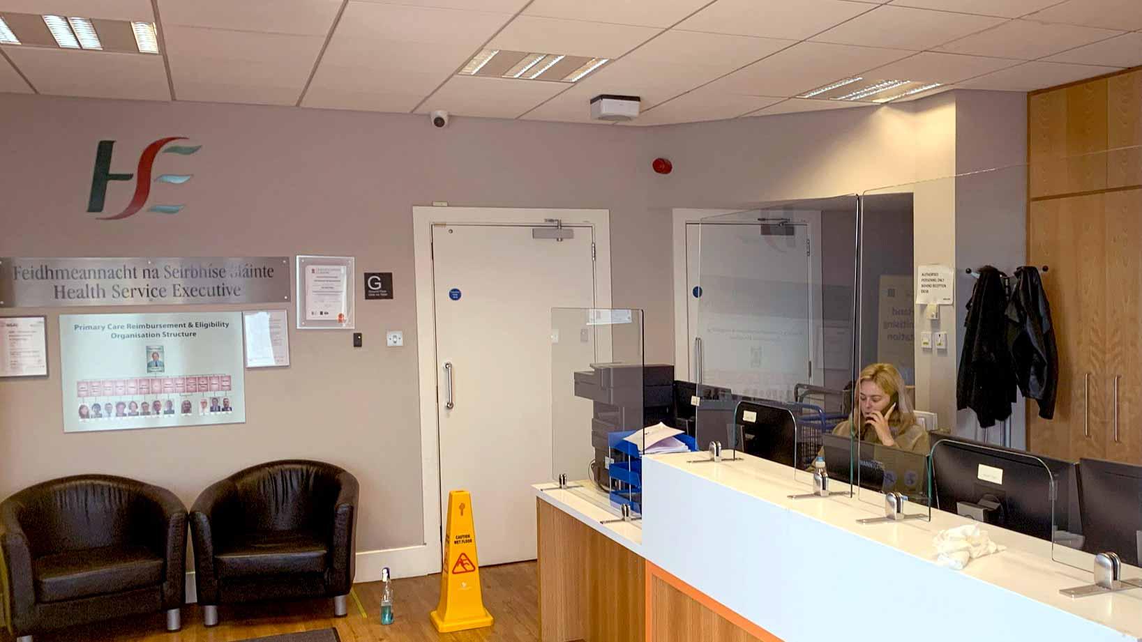 Glass screens for reception desks